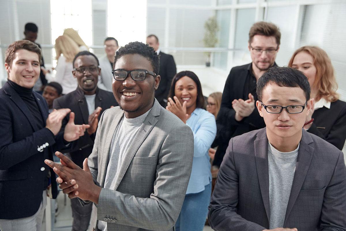 英語力強化ではなく異文化対応力を鍛えたい・実践させたい社員